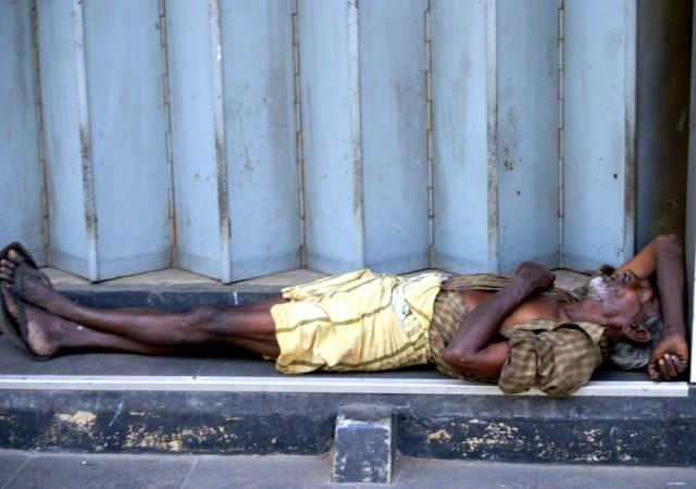 Спят на свежем воздухе