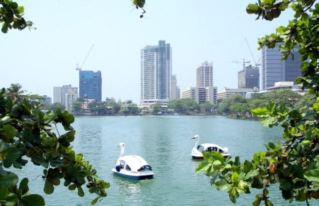 В 17-18 вв. в озере плавали крокодилы, а теперь катамараны