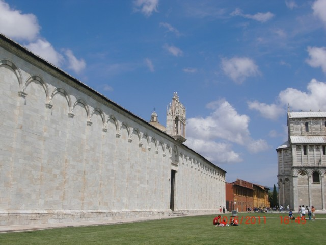 Монастырь Кампо Санто