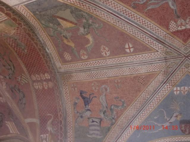 росписи потолков городской управы 14-й век