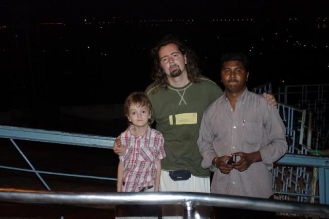 Я, мой сын и мой брат Шива