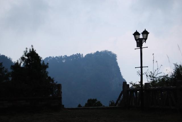 станция высоко в горах