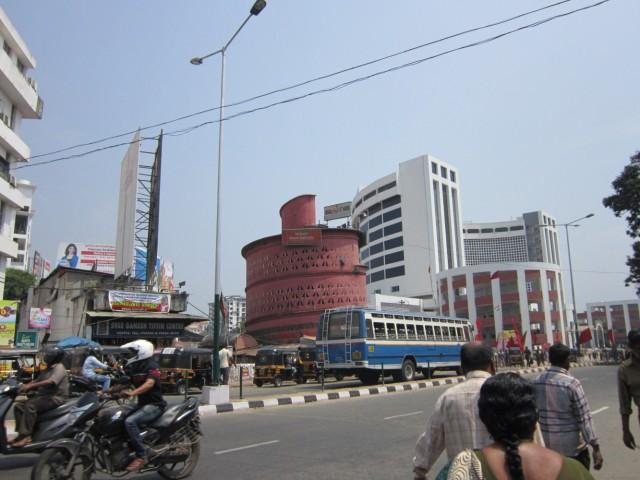 Автовокзал, то, который большой и светлый.