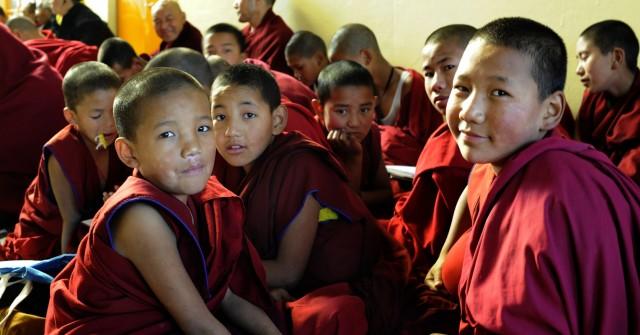 дети-монахи