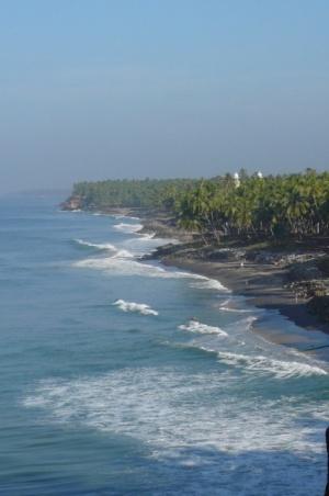 И еще черный пляж