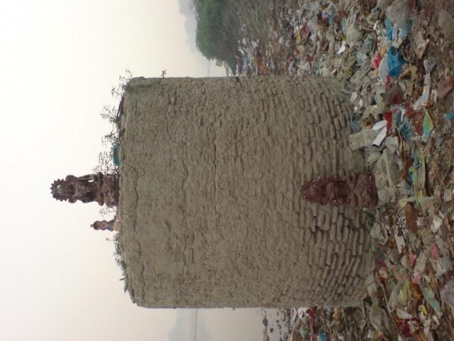 Задворки Тадж Махала--святилище...
