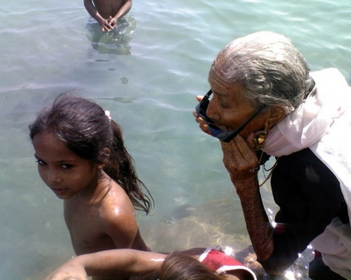 водоплавающая бабушка