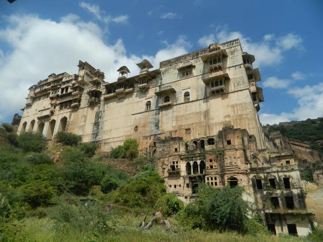 Дворец Бунди