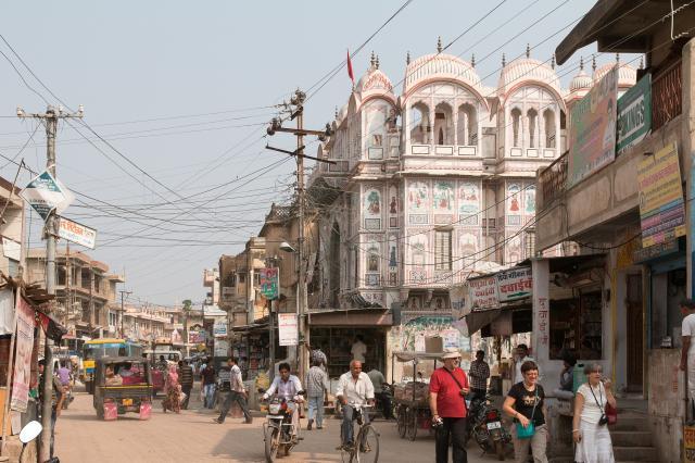 Фатехпур, храм Дваркадиш