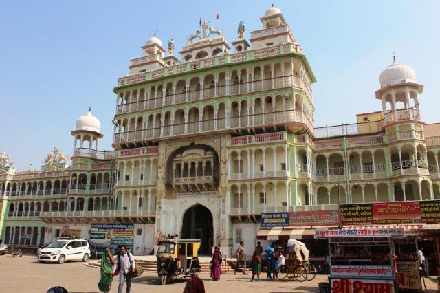 Храм Рани Сати