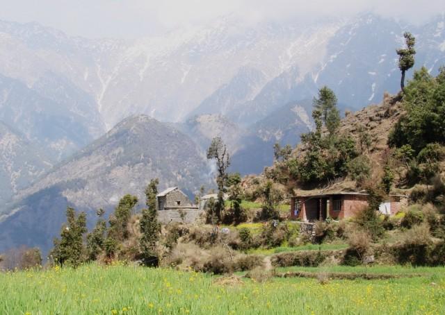 спуск к деревне Надь