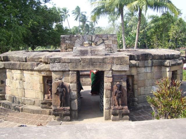 Храм Йогини в Хирапуре