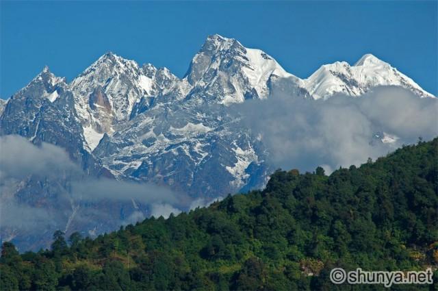 Равангла. Вид на горы.