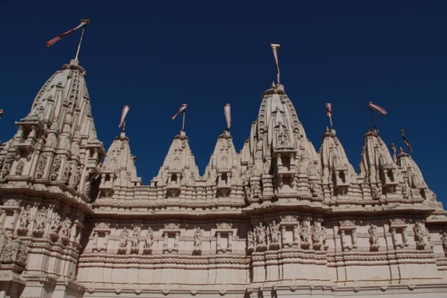 Джайнистский храм Панчасара Паршванатх
