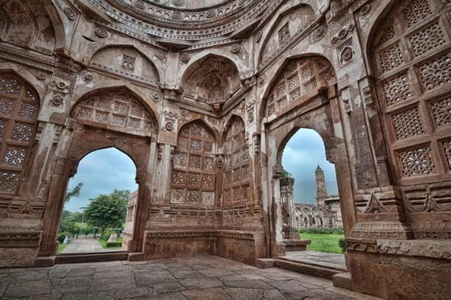 Внутри Джами Масджид
