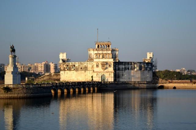 Дворец Лакхота