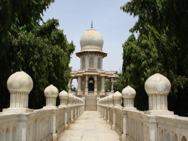 Храм Ганга Дери