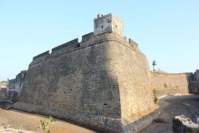 Форт Диу