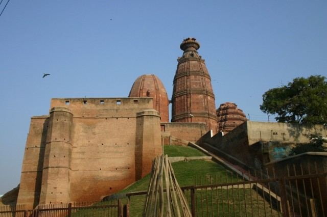 Храм Мадан Мохан во Вриндаване