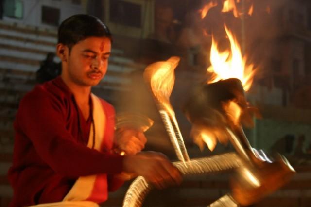 Варанаси. Церемония поклонения Ганге