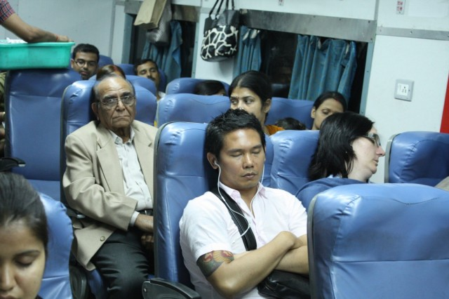 внутри Taj Expressa