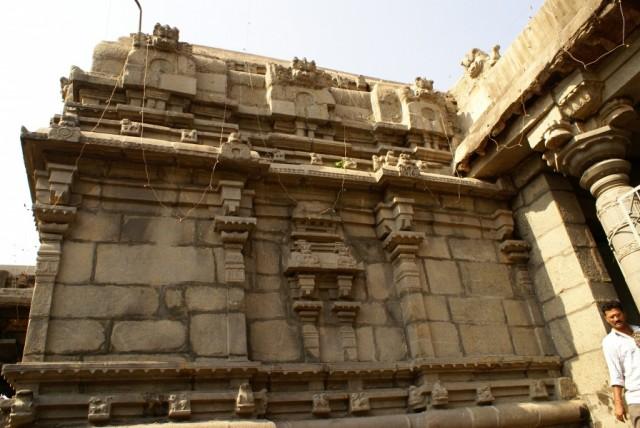 Храм Симанчалам