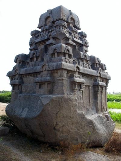 Храм-скала