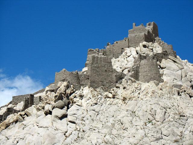 Развалины дворца, Ше