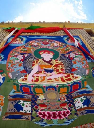 10-метровая танка монастыря Пьянг