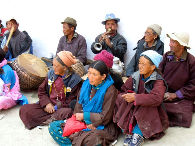 Оркестр на фестивале в монастыре Пьянг, Ладакх