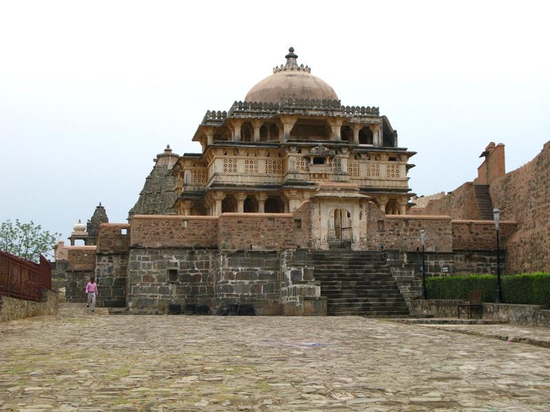 http://www.indostan.ru/indiya/foto-video/2839/4084_1_o.jpg