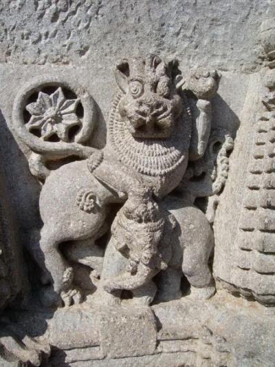 Видимо, символ королей Хойсалы - лев