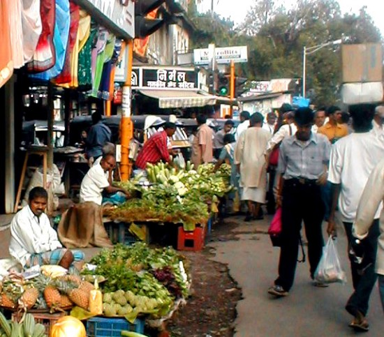 Мини-рынок в Мумбае