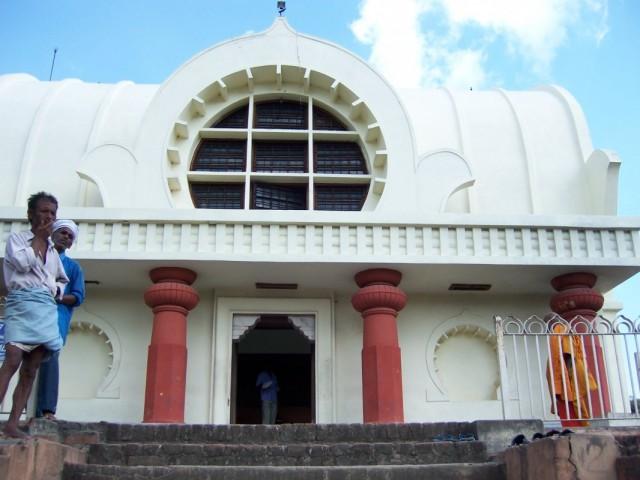Кушинагар Постройки около Храма Махапаранирваны Будды