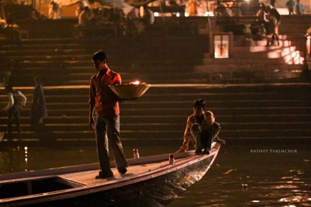 night ceremony, Varanasi