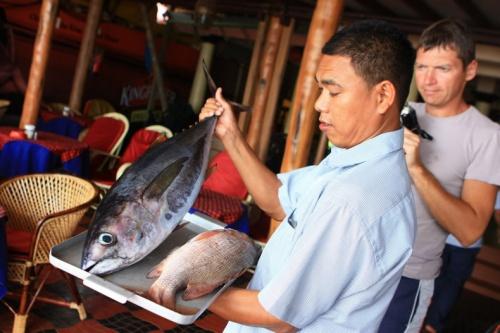 Выбор рыбных блюд в ресторане Clafouti
