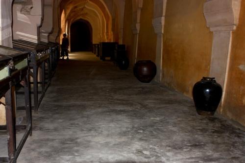Во дворце махараджа Танджвура.
