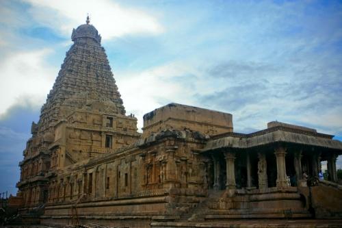 Главный храм - хранитель Махалингама.