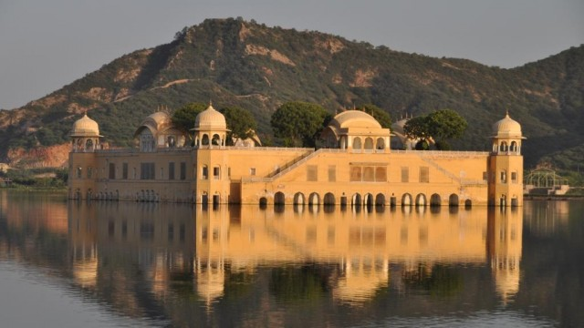 Джайпур. Джал Махал.