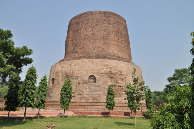 Сарнатх. Dhamekh Stupa