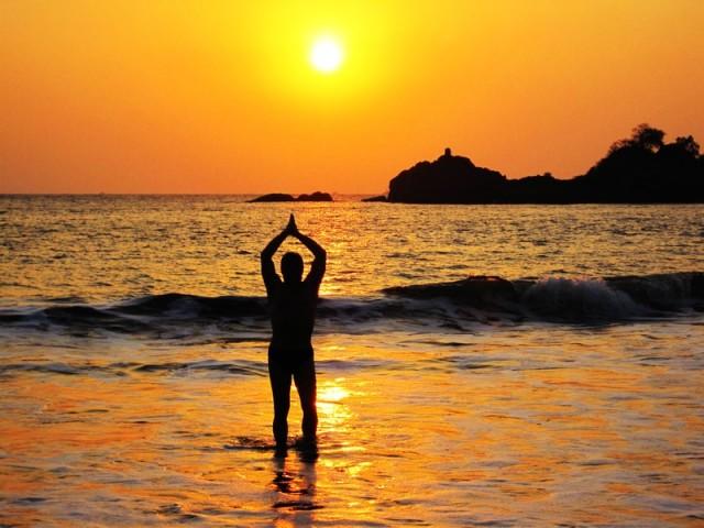 И вскоре океан поглотит солнце. Ом!