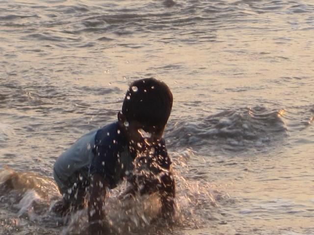 А дети занимались экстремальными видами водного спорта