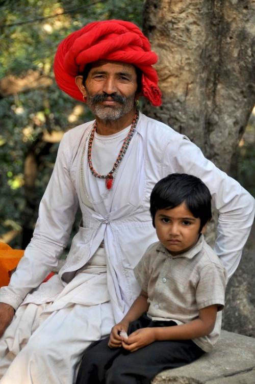 Отец и сын. Маунт Абу