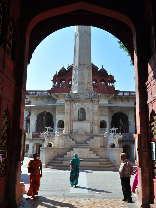 Аджмер. Soniji Ki Nasiyan Temple