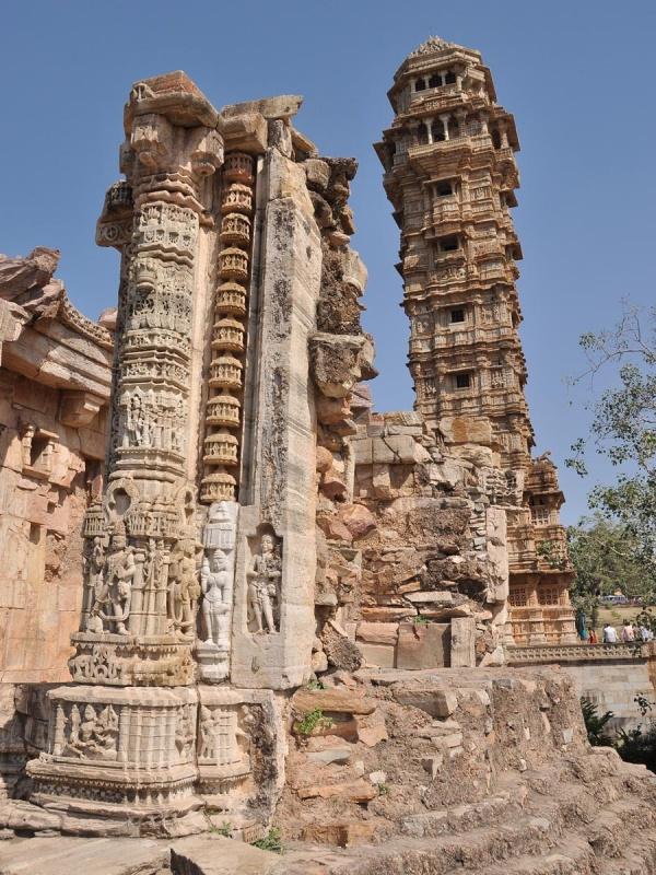 Читторгарх. Vijay Stambh
