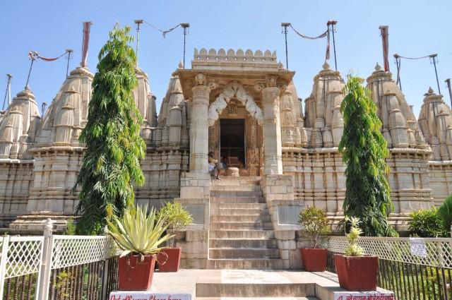 Читторгарх. Jain Temples.
