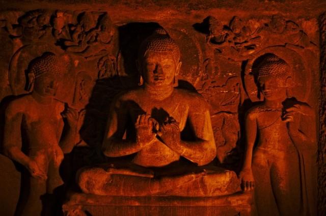 Проповедующий Будда