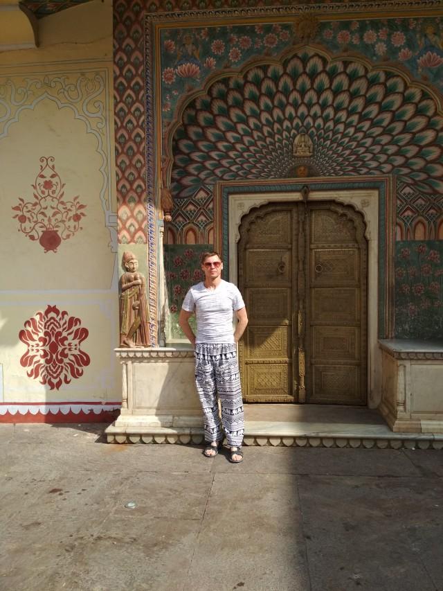 на территории городского дворца в Джайпуре