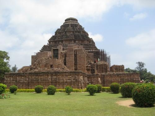 Храм с другой стороны