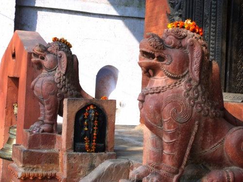 Cтражники храма камасутры